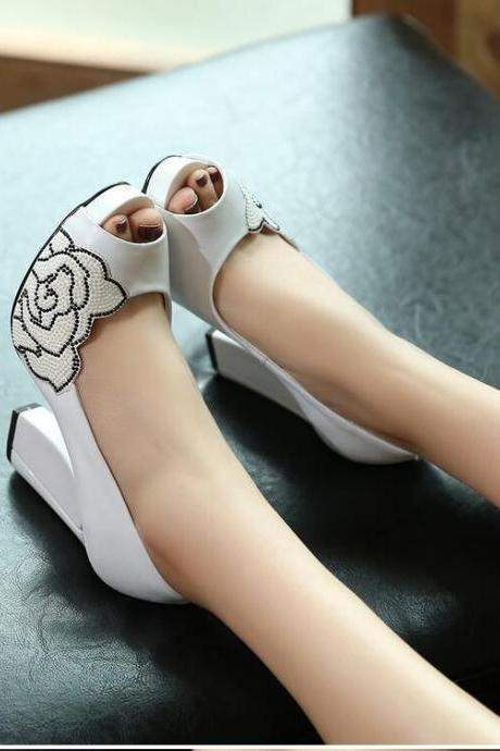 Women's Simple Fashion Pure Color Peep-toe High Heel Shoes With Rhinestone